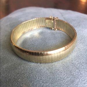 """Solid 14k HEAVY 40 Gram Thick Omega Bracelet 8"""""""